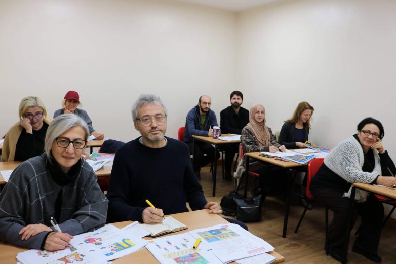 Абхазы в Лондоне учат родной язык на курсах культурного центра