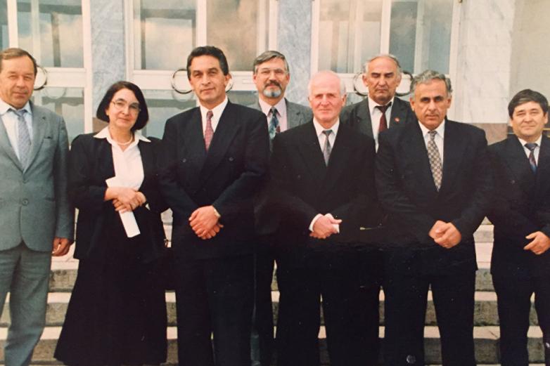 Геннадий Гагулия с первым президентом Абхазии Владиславом Ардзинба
