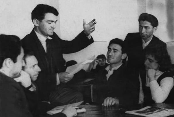 Заседание литературного кружка в институте
