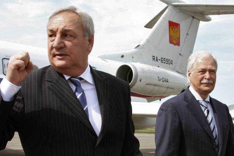 С секретарем Совета безопасности России Борисом Грызловым