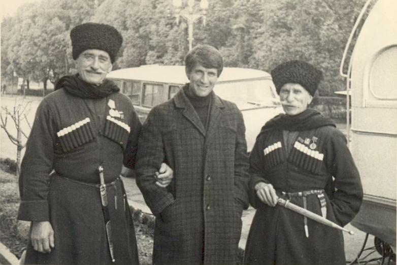 Таиф Аджба и абхазские старцы