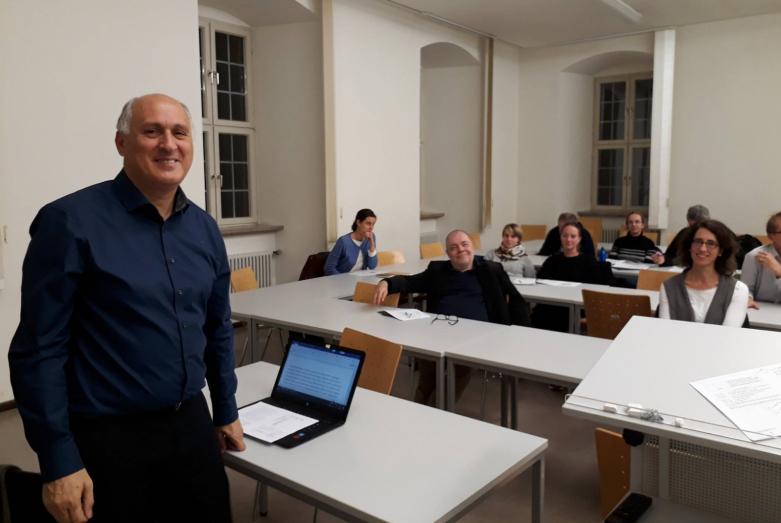 Германиа, Бамберг ауниверситет аҟны кавказтәи абызшәатә ҭаацәара иазку алекциа аԥхьараан