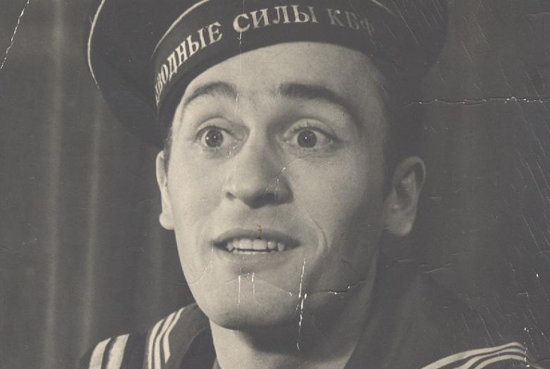 Абрек-Заур Гожев в роли Задорнова в спектакле «Океан»