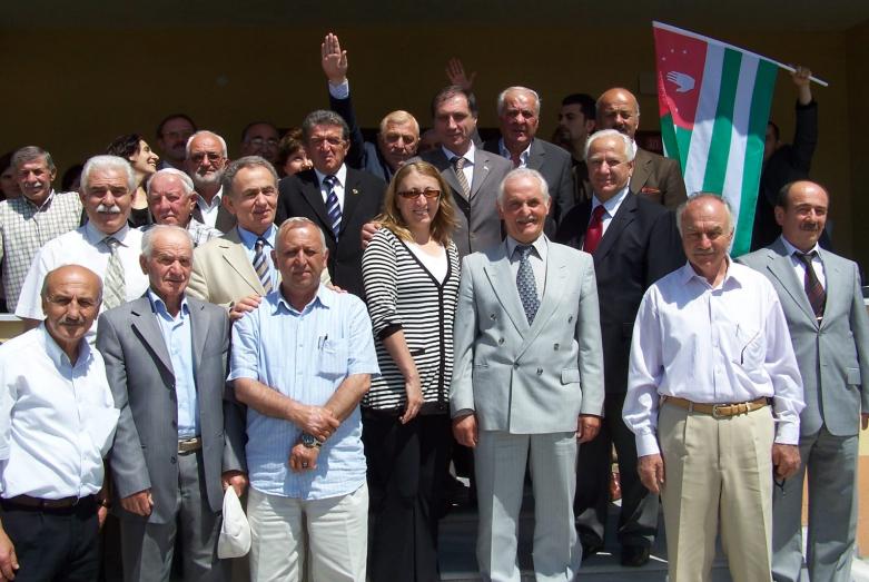 Visit of the Minister of Foreign Affairs of Abkhazia Sergey Shamba to Turkeyфото 77: Jamalettin Ardzinba, Irfan Argun, Vladislav Ardzinba, Istanbul, July 1992