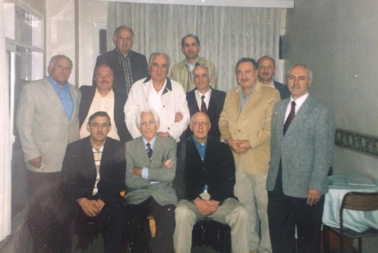 Слева направо: верхний ряд - Джихан Ацвейба, Есат Ахба; средний ряд - Владимир Авидзба, Октай Чкотуа, Ирфан Аргун, Темур Ачугба, Джумхур Бал, Дженгиз Гогуа, Реджен Агрба; сидят - Гиви Допуа, Джемалеттин Ардзинба, Атаи Ацушба