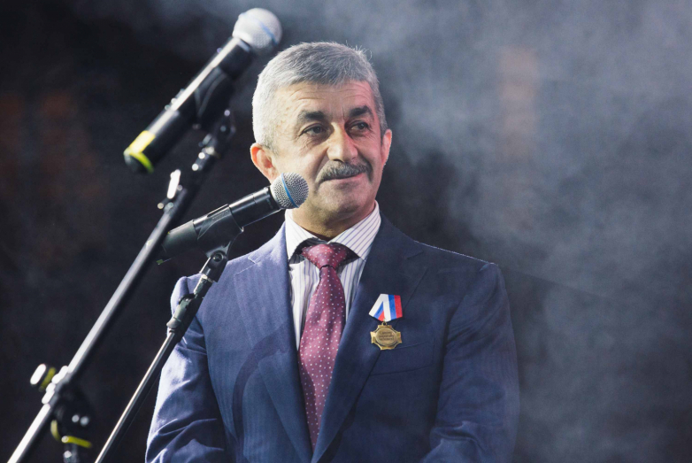 Председатель Высшего Совета Всемирного абхазо-абазинского конгресса Мусса Экзеков поприветствовал членов Московской Абхазской диаспоры
