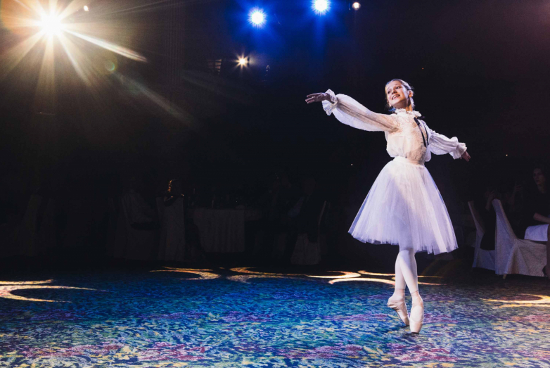 "Scholar of the ""Amshra"" charitable foundation, young ballerina Kristina Chkotua performed at the 60th jubilee meeting of the MAD. Thanks to the support of the foundation, Christina studies at the Agrippina Vaganova Russian Ballet Academy."