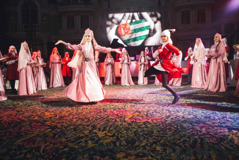 Созданный силами Московской Абхазской Диаспоры танцевальный ансамбль
