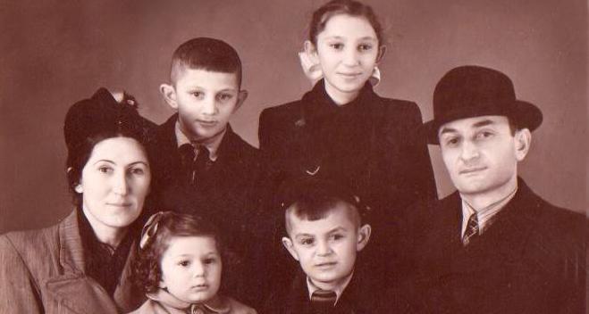 Gerogy Dzidzaria with family