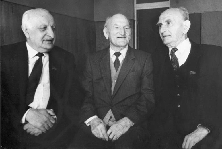 Авторы «Письма трех» 1947 года Баграт Шинкуба, Константин Шакрыл, Георгий Дзидзария, 1980-е годы
