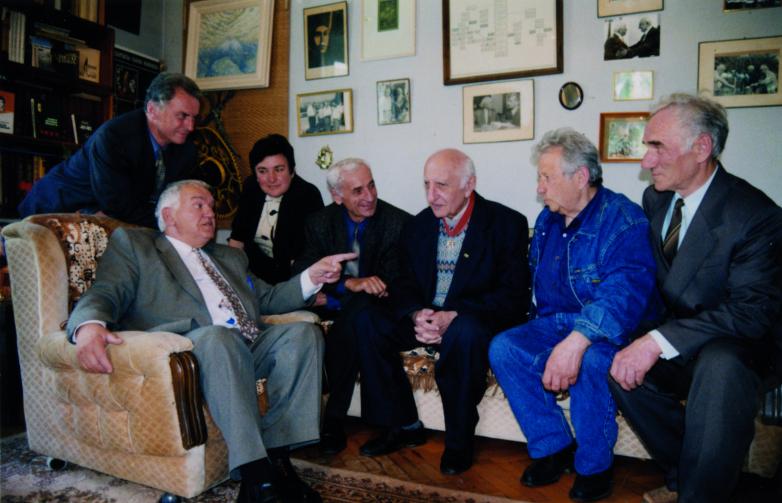 Баграт Шинкуба с абхазскими писателями, 2000-е