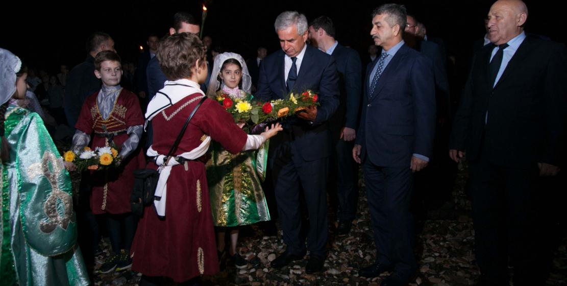 Ежегодные акции в День памяти жертв Кавказской войны свидетельствуют о том, что трагедия, которая произошла на Кавказе в XIX веке, не забыта до сих пор.