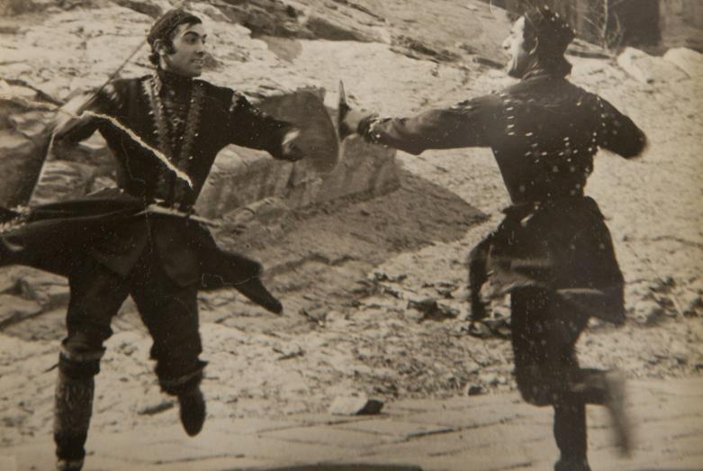 Хевсурский  танец  участников Государственного академического ансамбля Государственного академического ансамбля народного танца Грузии Сухишвили-Рамишвили, Татишвили и Кандид Тарба, 1974 год