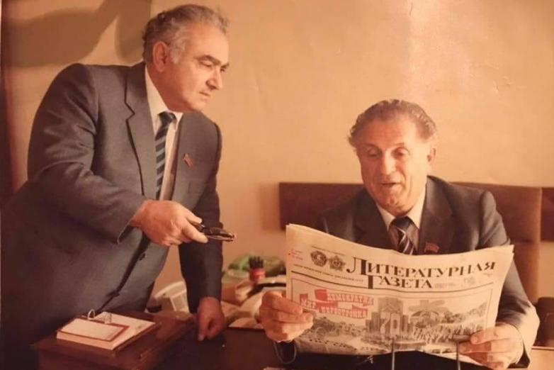 Валериан Османович Кобахия и бывший секретарь Президиума Верховного Совета Абхазии Юрий Тариелович Квициния