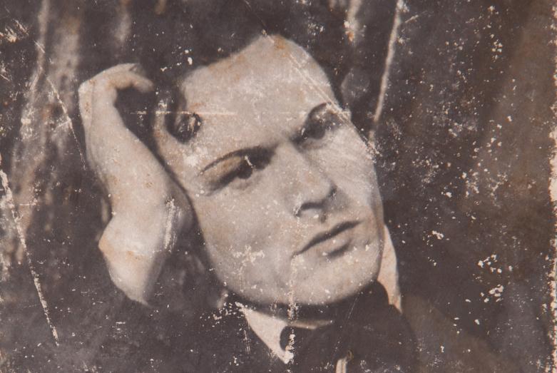 Шарах Пачалиа в роли Незнамова в спектакле Островского «Без вины виноватые», в постановке Шараха Пачалиа. Фото публикуется впервые