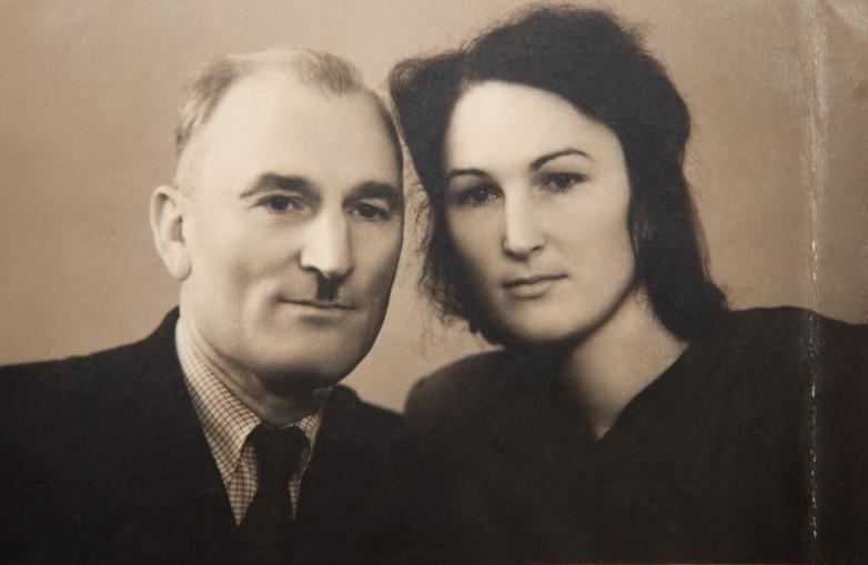 Константин Шакрыл с дочерью Александрой, Ленинград, 28 декабря 1950 год