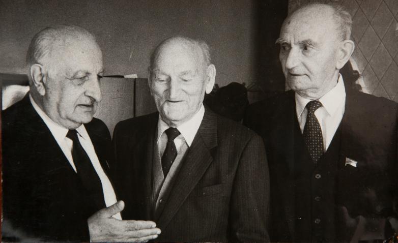 باغرات شينكوبا، كونستانتين شاكريل، غيورغي دزيدزاريا، أبريل 1988