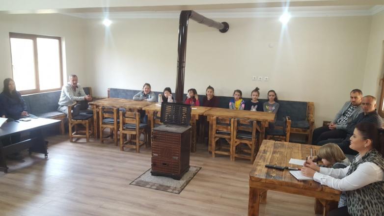 Преподаватель Елис Аргун ведет курсы абхазского языка в Турции