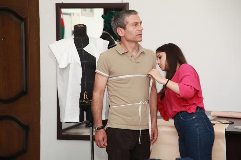 Проект по обучению шитью национальной одежды стартовал в Сухуме