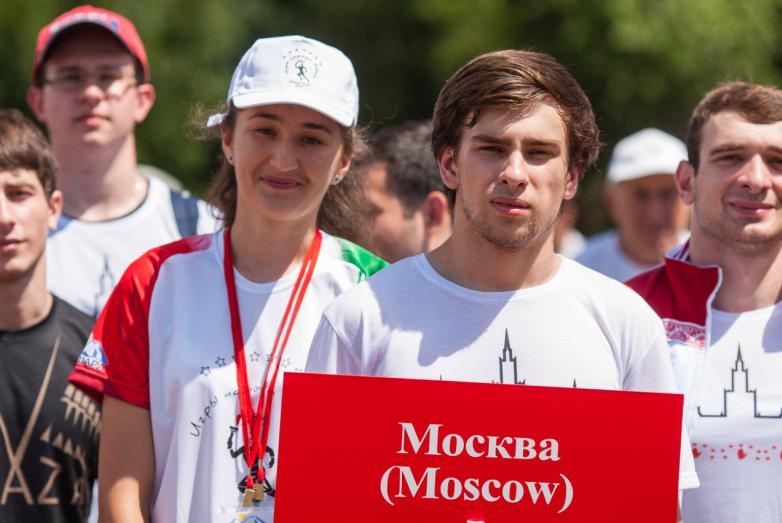 Побороться за главный кубок игр приехали и представители Абхазской Московской диаспоры.
