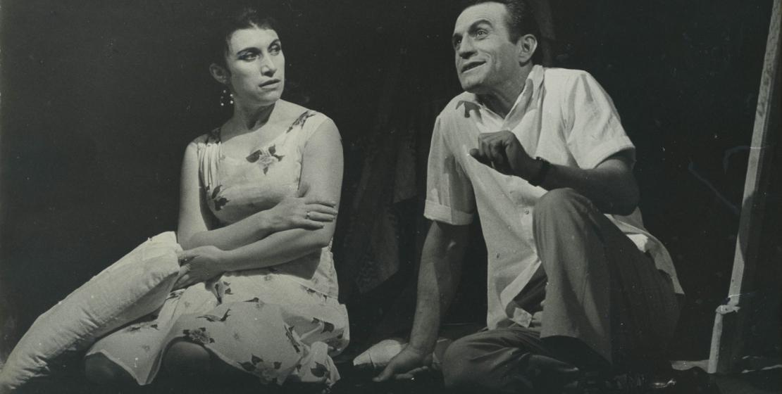 Спектакль «Дуэль» по пьесе Мара Байджиева в постановке Михаила Мархолия. На фото: Софа Агумаа и Нурбей Камкиа