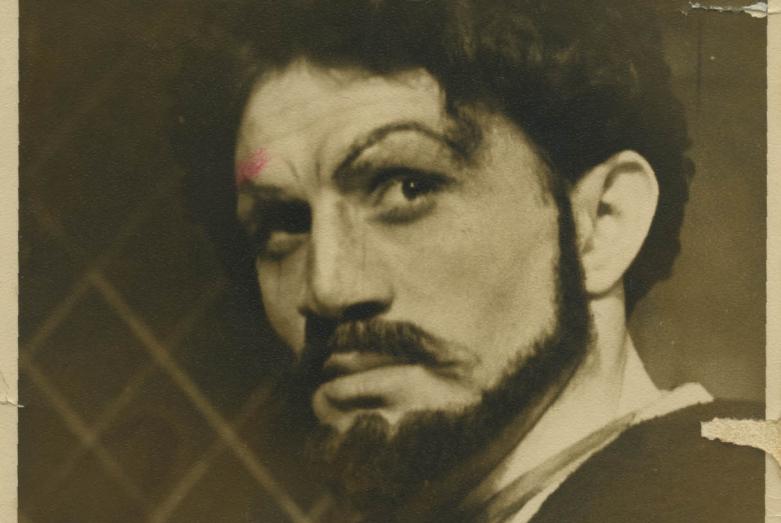 Нурбей Камкиа в спектакле «Цимбирели» по пьесе Авксентия Цагарели, Тбилиси, 1957 год