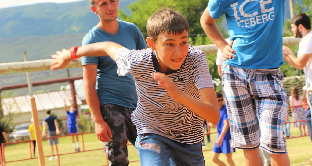Young athletes also took part in the competition. On the photo: a resident of the village of Inzhich-Chukun in a 200-meter race.