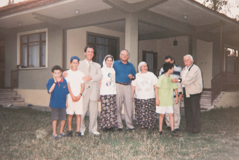 Meeting of Aslan Kobakhia, Vladimir Avidzba and Enver Darmba with the Abkhaz family, Turkey, July 1998