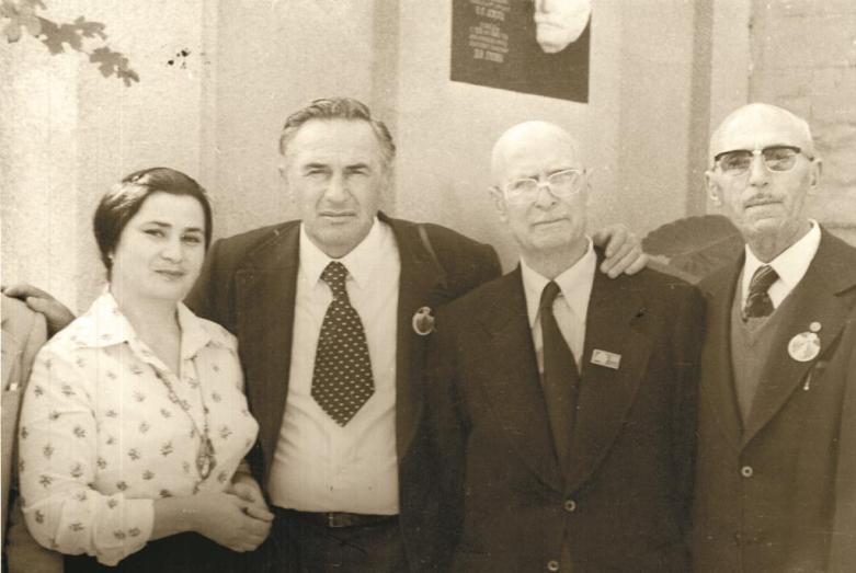 Омар Бейгуаа в музее Дмитрия Гулиа
