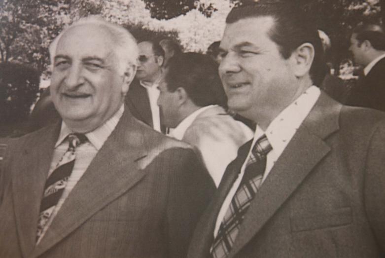 Борис Адлейба с народным поэтом Абхазии Багратом Шинкуба