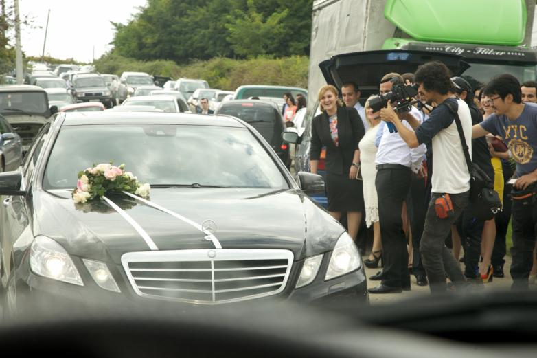 Кортеж с невестой по дороге в дом жениха, семья Губаз