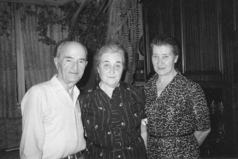 Шалва Инал-Ипа, Елизавета Эшба и Марина Эшба