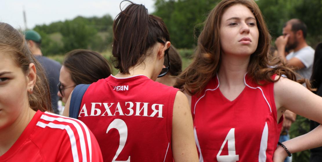 Третий год подряд лучшими в волейболе становятся девочки из команды из Абхазии. Как и в прошлом году, они не оставили своим соперникам шансов на победу