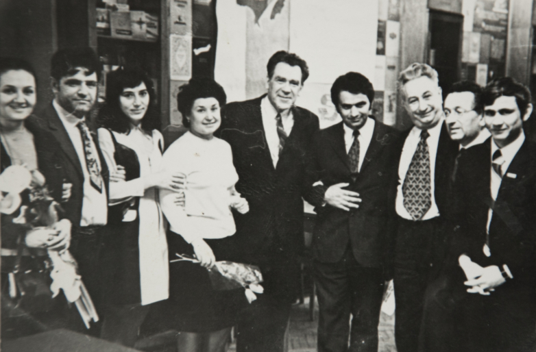After graduation in the Literary Institute, 1973.  In the photo: Fazil Iskander, second from left, fifth Gennady Alamiya, further Georgy Gulia