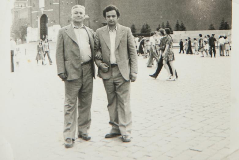 Геннадий Аламиа с отцом, 1970 год