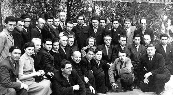 Участники съезда рабочих и сельских корреспондентов, Хамид Жиров во втором ряду пятый справа