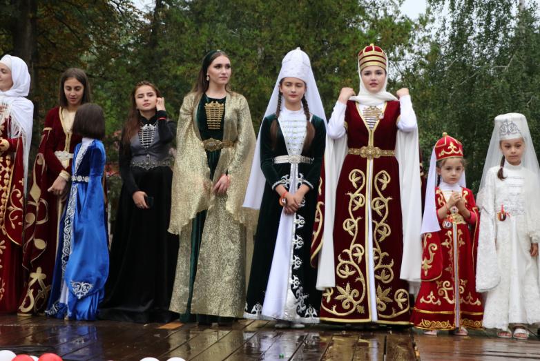 В Черкесске отпраздновали День культуры и День флага Абхазии