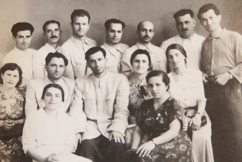 Мирон Михайлович Шамба (во втором ряду, второй слева) в группе адвокатов Абхазии