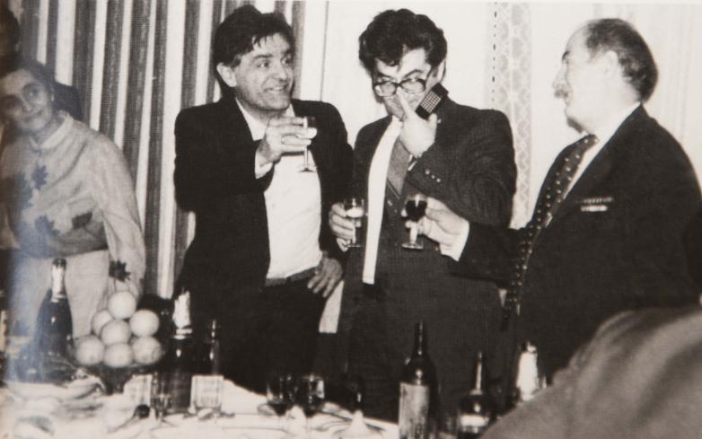 Встреча абхазского землячества, слева направо: Нона Курмазия, Фазиль Искандер, Тарас Шамба, Золотинск Агрба, Москва, март 1977 года