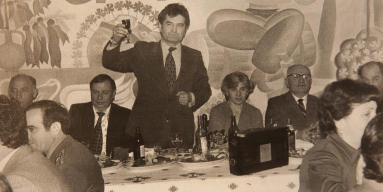 Шамба Тарас шIа щтIихитI Апсны апны совет власть ащаквгылра Амш знархару ахъвлапын апны, йагъьмала дгылапI Трапезников Георгий, асквш 1977 мартI а 4
