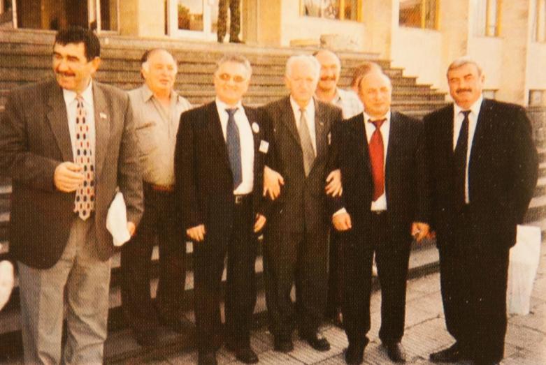 Делегаты IV Конгресса МАААН, Сухум, сентябрь 2003 года,