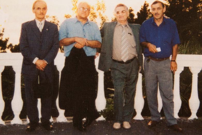Слева направо: член исполкома МАААН от Германии Рухи Ертаз (Эшба), представитель Абхазии в Турции Владимир Авидзба, президент МАААН Тарас Шамба, Гиви Допуа