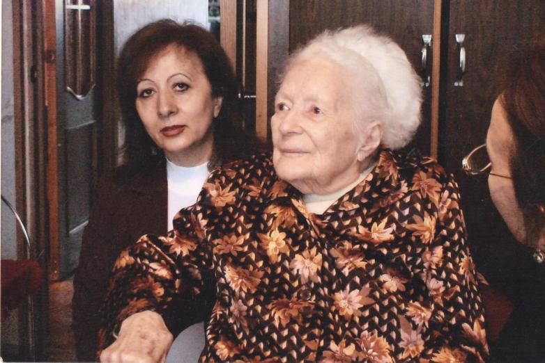 Армида Чагова в гостях у Русуданы (Биана) Александровны Чачба-Шервашидзе, представительницы княжеского рода