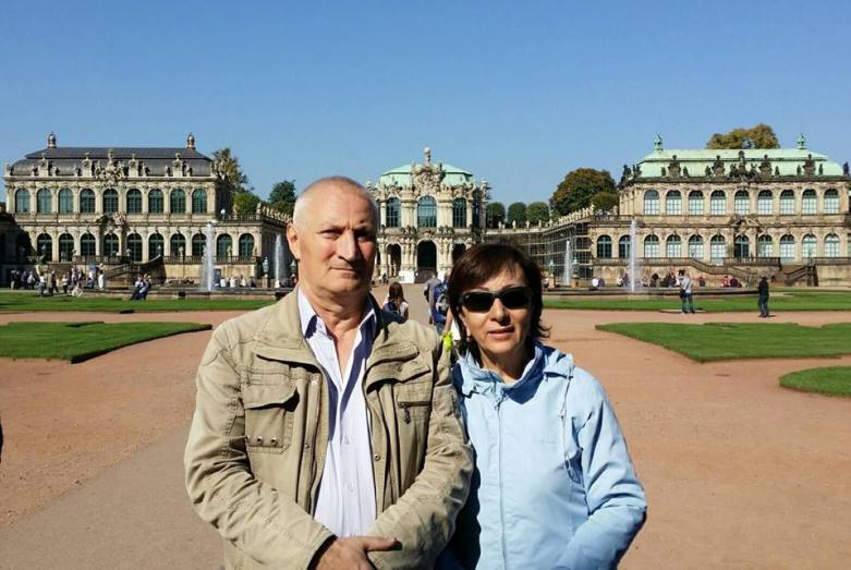 Армида Чагова с супругом Фазидином Чаговым. Прага, Чехия, 2015 год