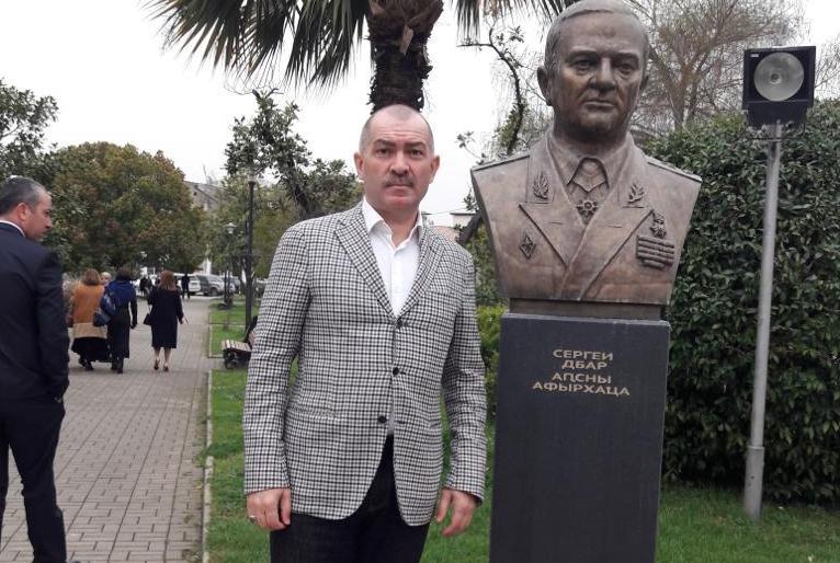 Доброволец, ветеран Отечественной войны народа Абхазии, член Высшего Совета ВААК Заур Дзугов