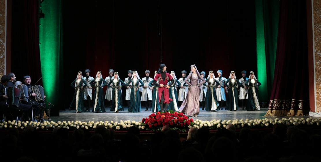В концертной программе были представлены и национальные кавказские танцы