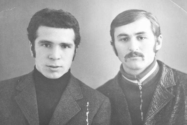Друзья-однокашники: Магомет Кишмахов и Кахар Ерижев