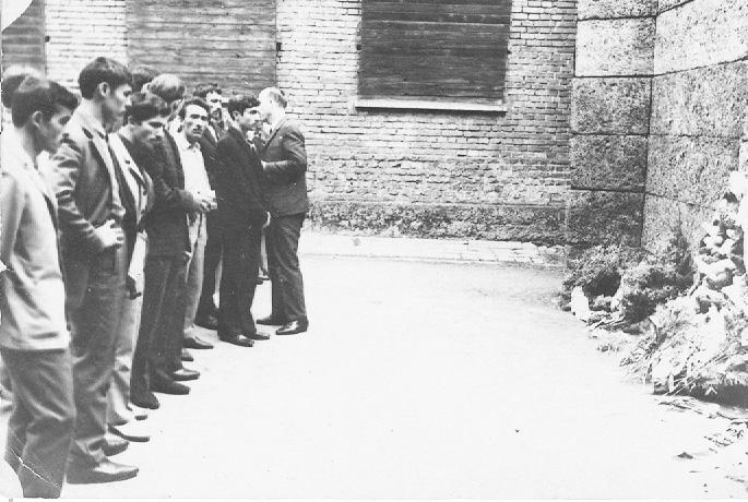 """Polonya'da oldukları dönemde, """"Cigit"""" topluluğu Auschwitz'i ziyaret etti"""