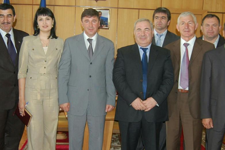 Muhadin Şenkao Karaçay-Çerkes ve Abhazya Cumhuriyeti milletvekilleri toplantısı sırasında
