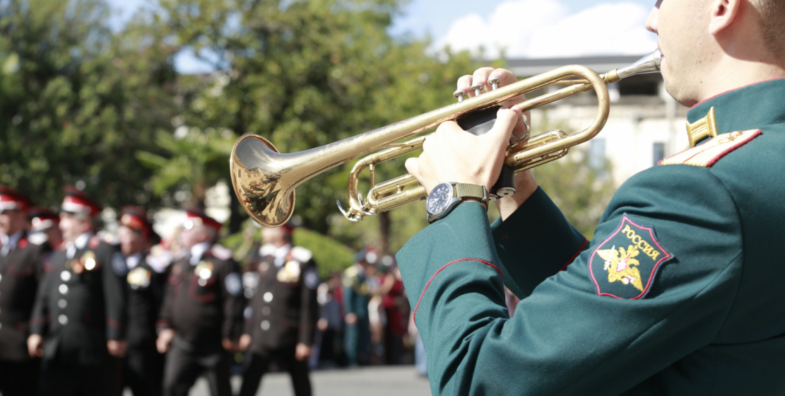The parade was accompanied by a military band of the Ministry of Defense of the Republic.